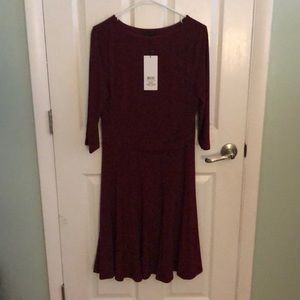 Rekucci burgandy dress 3/4 sleeve size 10. NWT